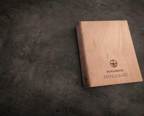 Boekomslag hout